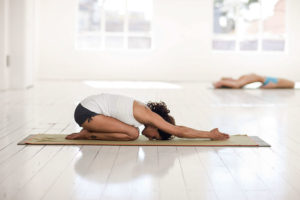 5-Minute Beginner Yoga Routine for Busy Mornings