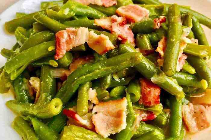 Keto Instant Pot Green Beans with Bacon