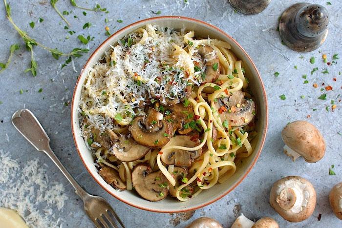 Easy Mushroom Linguine Vegetarian Dinner Recipes