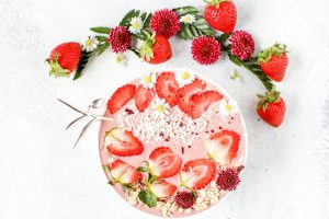 30 Quick and Healthy Smoothie Bowl Recipes You Won't Believe Are Good For You