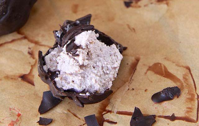 Raspberry Cheesecake Truffles Keto Fat Bombs Recipes