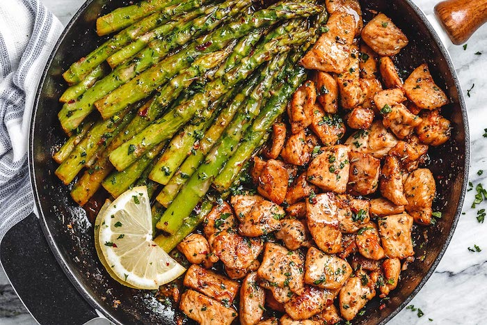 Garlic Butter Chicken and Asparagus Keto Chicken Skillet